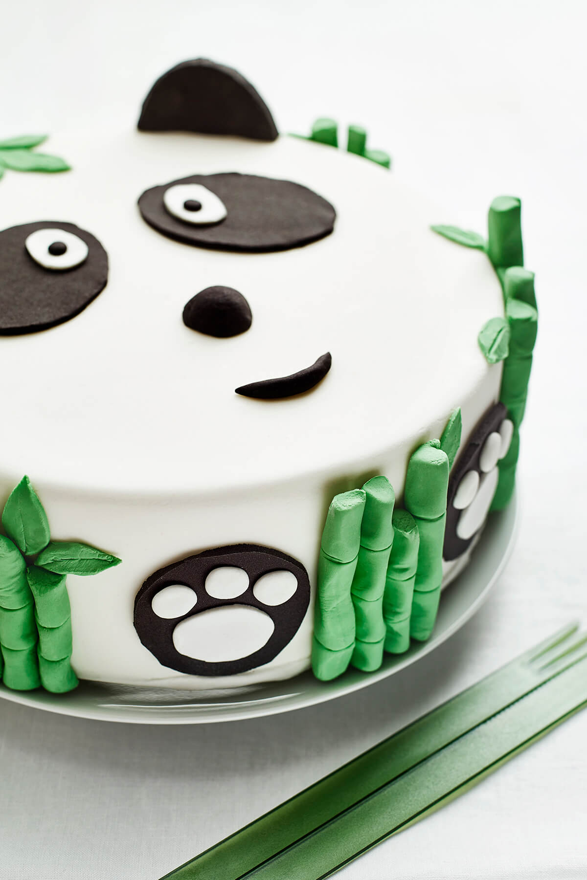 Cake Decorating Theme Kits : Panda Themed DIY Birthday Cake Decorating Kit for Kids Cakest