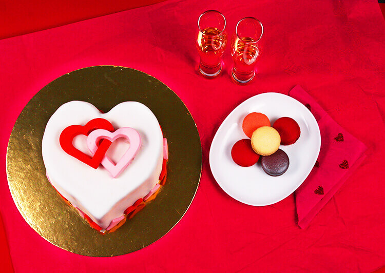 Valentines day diy cake